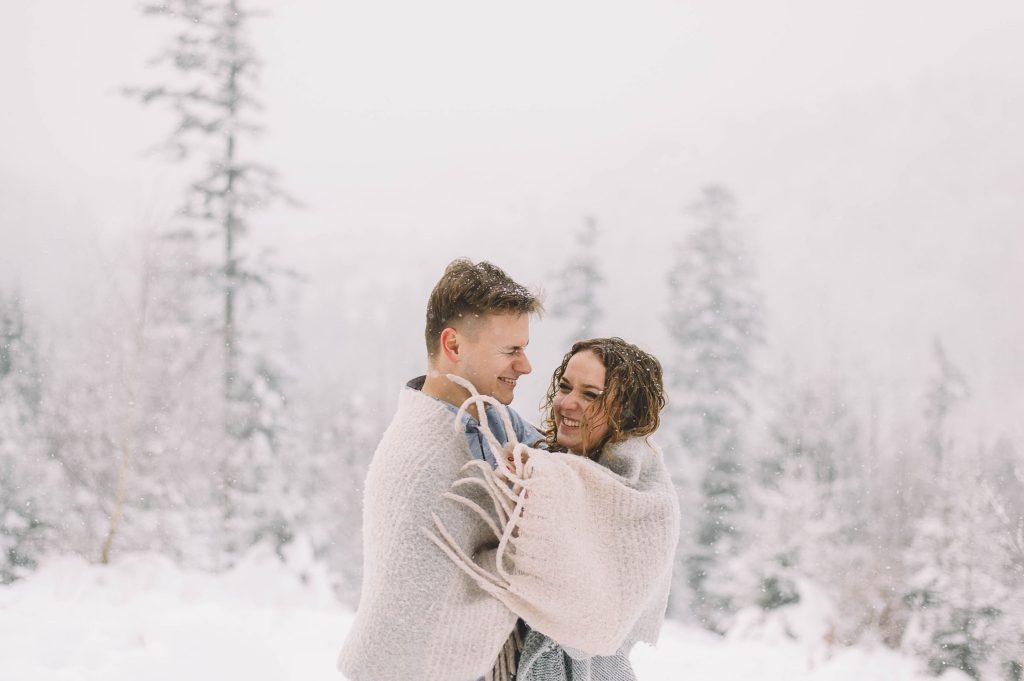 3_sesja przedślubna w zimie (5)